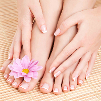 Tips on how to care for your feet during winter